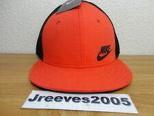 NWT Nike Tech Fleece True Snapback Hat  100% Authentic NSW Crimson 739418 696