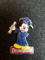 Disney Pin 1639 DL Disneyland Mickey Mouse Graduation 2000 diploma u17