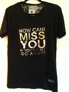 Black T shirt new, never worn Size L ( How Can I Miss You)