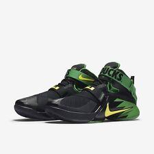 Nike Lebron James SOLDIER 9 Basketball Shoes OREGON DUCKS 749490 073 MEN 8.5