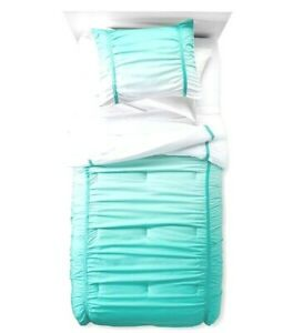 Pillowfort Teal Ombre Oasis Full/Queen Comfort Set - 2 Pillow Shams & Comforter