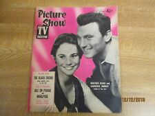 April 1959, PICTURE SHOW, Heather Sears, June Laverick, Errol Flynn, Mary Costa.