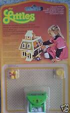 Vintage The Littles Dolls House Furniture Green Table