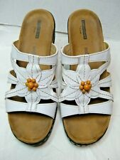Clarks Collection Womens Sandals  Size 9.5 W Soft Cushion White Floral #B