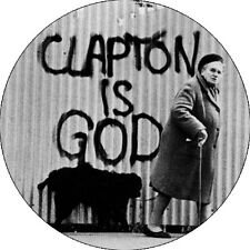 CHAPA/BADGE CLAPTON IS GOD . pin button jack bruce ginger baker jimi hendrix