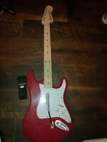 Rock Band 4 Wireless Harmonix Fender Stratocaster Guitar RED Xbox One 91161
