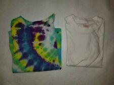 Lot of 2 Short Sleeve T-Shirts Size Small White & The Dye