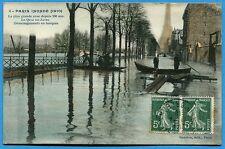 CPA: Paris inondé - Le quai de Javel - Déménagements en barques