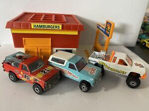 Hot Wheels Ford Bronco 4x4, Nissan Truck 4x4 Vintage Lot
