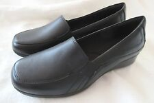f5287e47bc1 CLARKS Collection Women s 8.5 M Gael Bobtail BLACK Leather Slip-On Loafers  NWOB