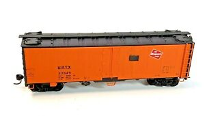 HO Vintage InterMountain Milwaukee Road Reefer 37849