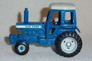 1/64 Ford TW-20 with Solid Exhaust and WFE Farm Toy Tractor Diecast