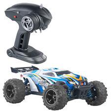 Monstertruck: Ferngesteuertes Auto mit Allrad-Antrieb, 2,4-GHz-Funk, bis 40 km/h