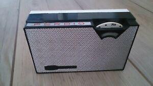 Fairly rare Vintage Perdio Mini 77 Transistor Radio c1964.