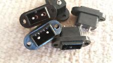 Einbaubuchse 2 polig P211 30x13mm Set mit 6 Stück für gängige 2 pol  Stecker