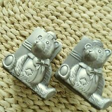 PEWTERTONE TEDDY BEAR SALT & PEPPER SHAKERS, THE BEARS LEANING ON BIG GIFT BOXES