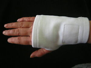 MAGNETIC  HAND  SUPPORT  -  WHITE  STRETCH  COTTON