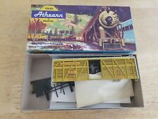 Athearn HO Scale Kit# 1779 Union Pacific 40' Stock Car #47630D