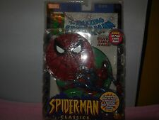 2000 toy biz spider man  figurine and 32 page comic book