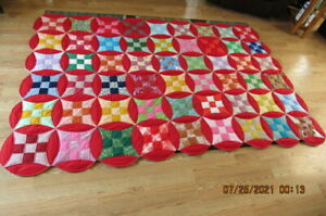 """NEVER USED!! Handmade Circle Pattern Single Quilt--88"""" by 60"""" w/ 12"""" Circles"""