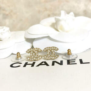 Chanel mini Earrings CC Logo light Gold Rhinestone stripe 5627