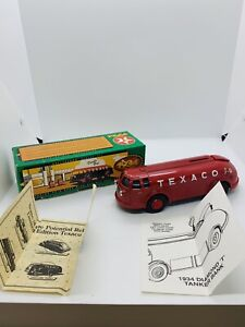 VINTAGE 1934 DOODLE BUG DIAMOND T TEXACO OIL CO GAS TANKER TRUCK BANK IN BOX