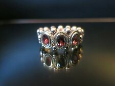 Beautiful 14ct Rose Gold & Garnet Stretch Ring Very Unusual