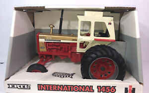 1995 Ertl  International 1456 Golden Demonstrator 1/16 scale #4651DA