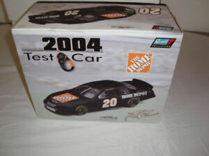 NRFB REVELL 1:24 SCALE TONY STEWART TEST CAR BLACK #20 HOME DEPOT