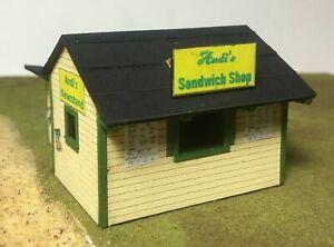 Motrak Models S Scale Andi's Sandwich Shop & Newsstand - 63003 Building Kit HH