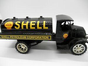 SHELL PETROLEUM 1935 MACK TANKER DIE- CAST BANK