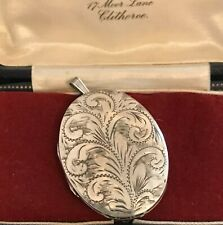 Vintage Hallmarked 1978 Large Sterling Silver Oval Locket Pendant  (D2E)