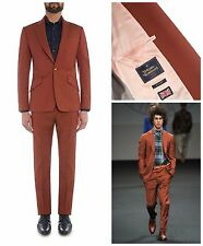 Nuovo con etichette Vivienne Westwood Man Ruggine Slim Fit James un pulsante tuta. UK 36R, 46R EUR
