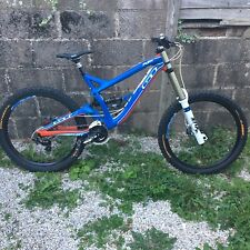 GT Fury Expert Downhill Full Suspension Mountain Bike 2016 Blue Red Medium Frame