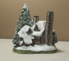 David Winter Cottages, Snow Cottage, 1984 in original box with CoA