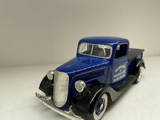 SPECCAST 1937 FORD PICKUP Bear hardware