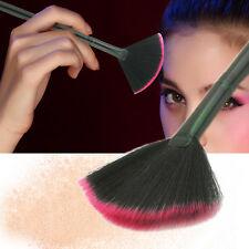 Pop Fan Shape Makeup Brush Blending Highlighter Contour Face Powder Brushes 1Pc