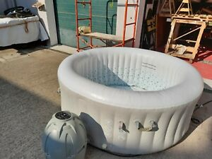 Bestway Lay-Z-Spa Thaiti Jacuzzi Spa