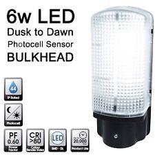 Quality LED Dusk to Dawn Photocell Sensor Bulkhead Outside Security Wall Light
