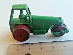 Vintage Budgie Toys No26 Aveling Barford Road Roller in good condition