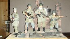1/6th Scale Dragon Action Figures WW2 Fallschirmjaegers x 4