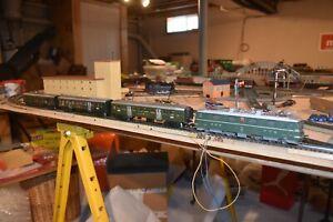 VINTAGE MARKLIN HO 3050/3 SWISS PASSENGER TRAIN