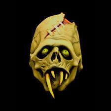 Green Fang plein Overhead masque par Ruse Ou Traiter studios