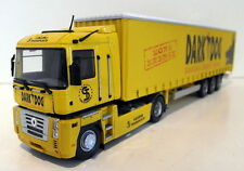Universal Hobbies UH 5685 Renault Magnum with Dark Dog Trailer