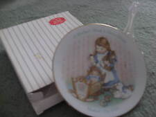 """VINTAGE AVON """"A MOTHERS WORK IS NEVER DONE"""" SMALL PLATE WITH STAND"""
