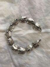Vintage Wells Sterling Silver Very Detailed Leaf Design Bracelet
