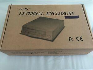 """5.25"""" External Enclosure Ultra-160 2x SCSI connectors w/6x6 Cooling Fan"""