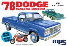 MPC 1/25 1978 Dodge D100 Custom Pickup MPC901M