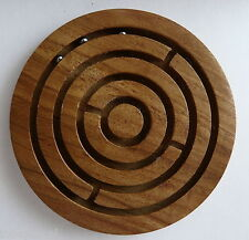 Labyrinthe casse-tête en bois avec 3 billes marron