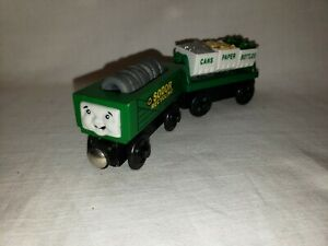 Thomas & Friends Wooden Railway Recycling Train Cars Sodor w/ Rubbish Tires Load